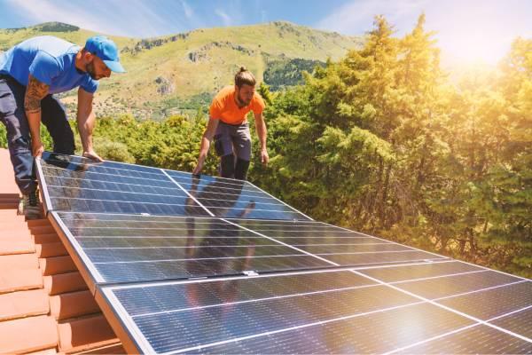 Flambée des prix des panneaux solaires, pourquoi et comment y remédier ?